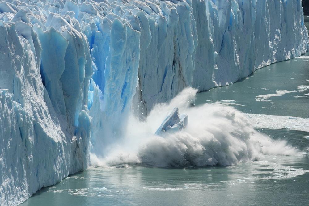 Climate Change Antartic Melting Glacier